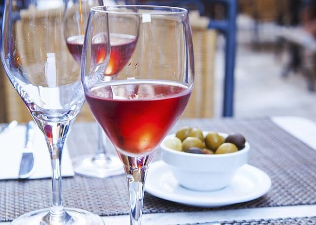 Que servir pour un apéritif à base de vin ?