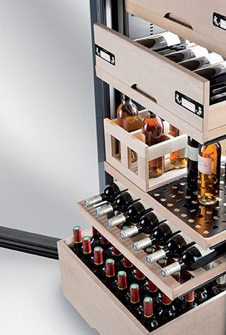 cave vin la sommeli re soci t fran aise sp cialiste cave vin et accessoires. Black Bedroom Furniture Sets. Home Design Ideas